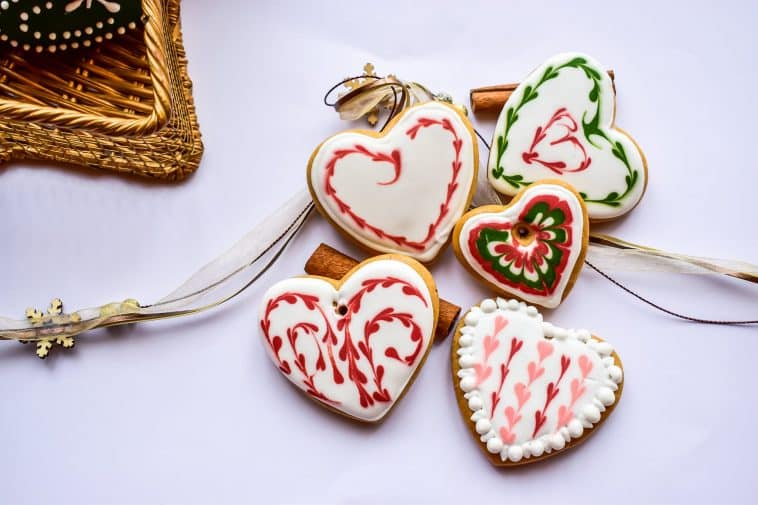A picture showing some Christmas desserts - Christmas nutrition guide